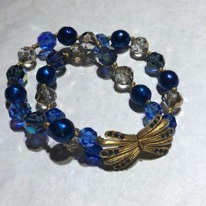Vintage blue crystal beaded gold closure bracelet